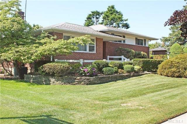 451 garden blvd garden city ny 11530 for Garden city pool 11530