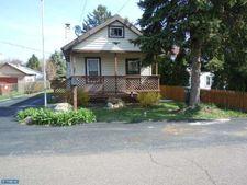 1024 Crescent Ave, Feasterville Trevose, PA 19053