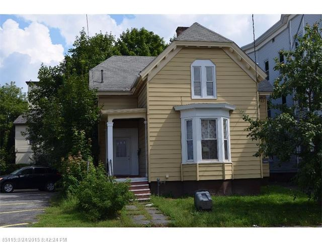 84 bartlett st lewiston me 04240 home for sale and