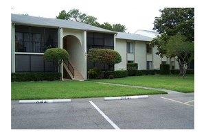 3125 Lake Pine Way Apt A2, Tarpon Springs, FL 34688