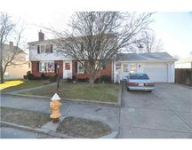 56 Rice St, Pawtucket, RI 02861