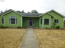 347 Russell Dr, Hammond, OR 97121
