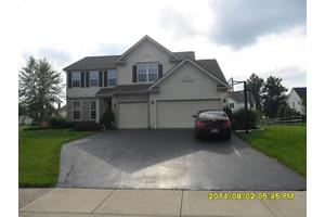 1763 Harrison Pond Dr, New Albany, OH 43054