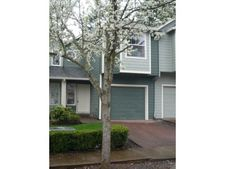 79 Se 176Th Pl, Portland, OR 97233