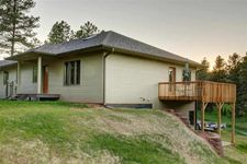 1123 Clubhouse Dr, Hot Springs, SD 57747