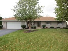 7079 Sorghum Ln, Cherry Valley, IL 61016