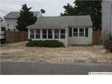 221 Durborow Ave, Seaside Heights, NJ 08751