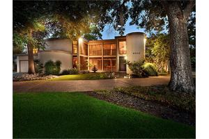 6000 Pebble Beach Dr, Houston, TX 77069