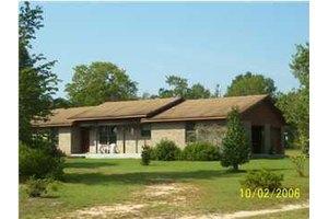 418 Quail Ridge Rd, Defuniak Springs, FL 32435