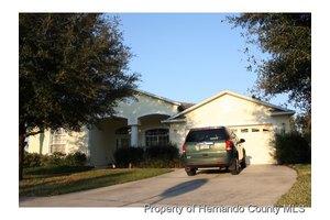 14763 Edgemere Dr, Spring Hill, FL 34609