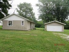 1014 Walnut St, Carthage, MO 62321
