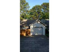 108 Lakeview Dr, Canton, GA 30114