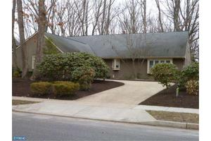 134 Partree Rd, Cherry Hill, NJ 08003