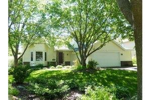 12175 Ilex St NW, Coon Rapids, MN 55448