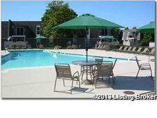 1514 La Fontenay Ct, Louisville, KY 40223