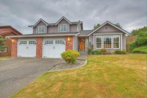 1911 8th Street Ct SW, Puyallup, WA 98371