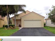 4261 Magnolia Ridge Dr, Weston, FL 33331