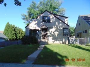 5709 N 92nd St, Milwaukee, WI