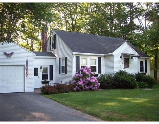 162 Leicester St, North Oxford, MA 01537