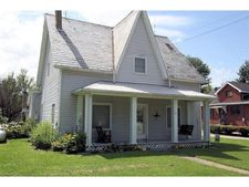 44 W Main St, Mowrystown, OH 45171