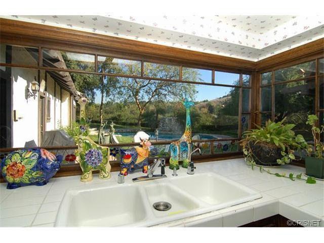Reduced 50k Expansive Ranch Home With 5 Car Garage: 1596 Fairmount Rd, Westlake Village, CA 91362
