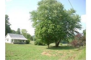 309 Rock Hill Rd, Watauga, TN 37694