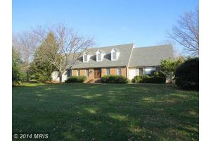 201 Belle Point Dr, Queenstown, MD 21658