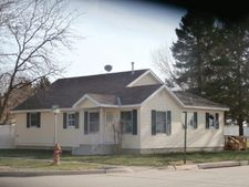 201 N Maple St, Osmond, NE 68765