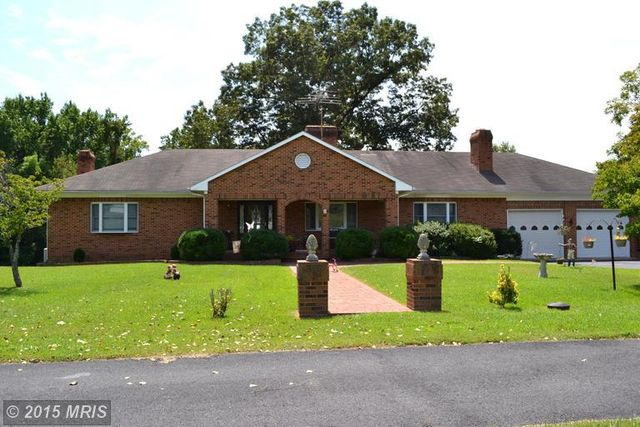 4368 kings hwy king george va 22485 home for sale and for Houses for sale with inlaw apartments