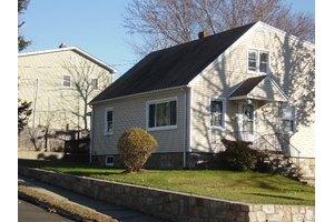 1268 Reservoir Ave, Bridgeport, CT 06606