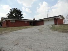 513 E 1400 N, Wheatfield, IN 46392