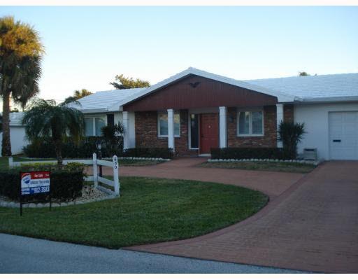 680 Glouchester St, Boca Raton, FL 33487