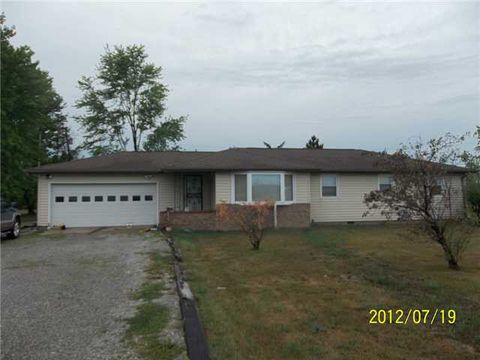 7300 State Route 15, Defiance, OH 43512