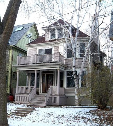2210 E Bradford Ave Milwaukee Wi 53211 Home For Sale