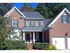 916 Walkertown Dr, Raleigh, NC 27614