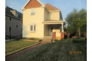 306 Summit St, Marion, OH 43302