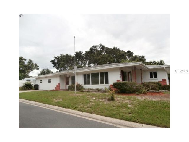 802 scotland st dunedin fl 34698 home for sale and real estate listing