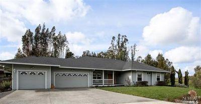 870 Rainshine Ct, Penngrove, CA