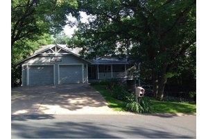 17564 Jaguar Path, Lakeville, MN 55044