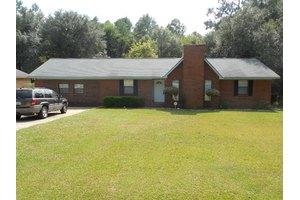 204 Garden Hill Dr, Albany, GA 31705