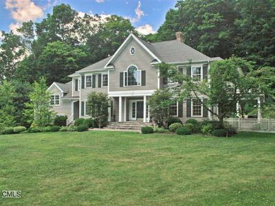 31 Bernhard Dr, Weston, CT