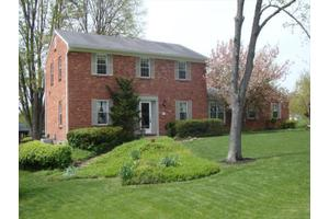 5688 Highland Terrace Dr, Miami, OH 45150