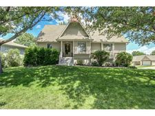 5203 S Peck Ave, Independence, MO 64055