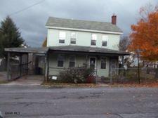 923 St Marys St, Gallitzin, PA 16641