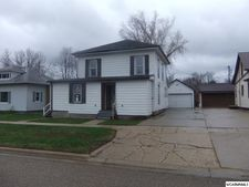 319 4th Ave, Sibley, IA 51249