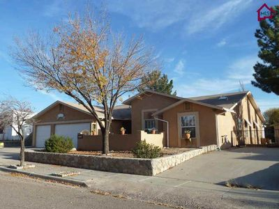 922 Stefanie Ct, Las Cruces, NM 88005