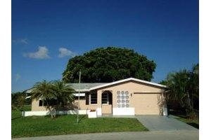 4797 NW 49th Rd, Tamarac, FL 33319