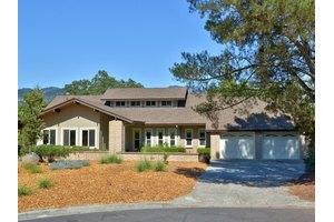 638 Madrone Ct, Santa Rosa, CA 95409