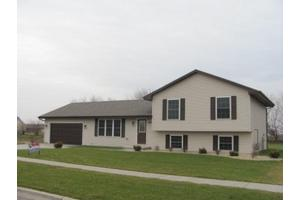 890 Pheasant Ln, COAL CITY, IL 60416