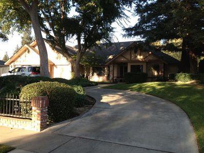 370 E Audubon Dr, Fresno, CA